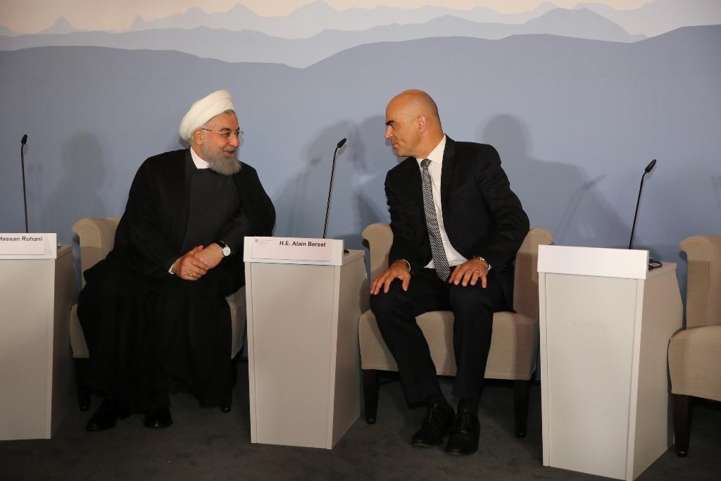 روحانی : به تعهدات بین المللی پایبند خواهیم ماند