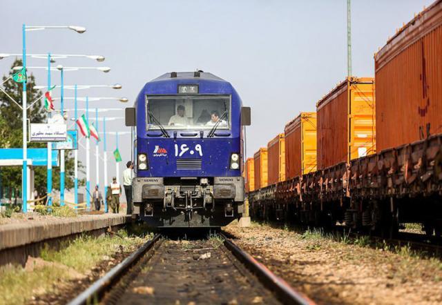 حرکت قطارها از خوزستان به تهران برای ۴ روز متوقف شد