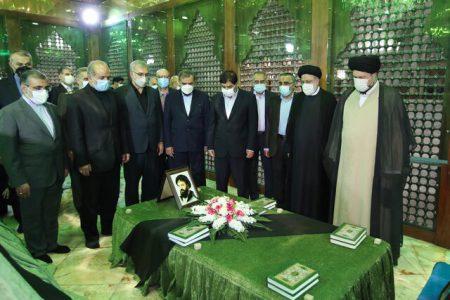 رئیسی: نگاه امام خمینی (ره) به مردم تشریفاتی نبود