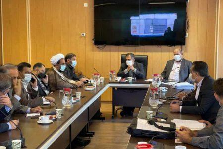مختار : مواضع وزارت نیرو متناقض است و مافیا و نفوذی ها برای وزارت نیرو تعیین تکلیف میکنند