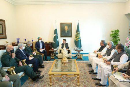 عمرانخان: تقویت امنیت مرزهای صلح و دوستی ایران و پاکستان مهم است
